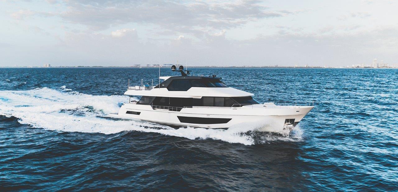Image 4 for Ocean Alexander Delivers New 32 Meter Legend
