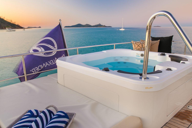 Image 4 for Ocean Alexander Yachts Queensland Open Weekends July 2020